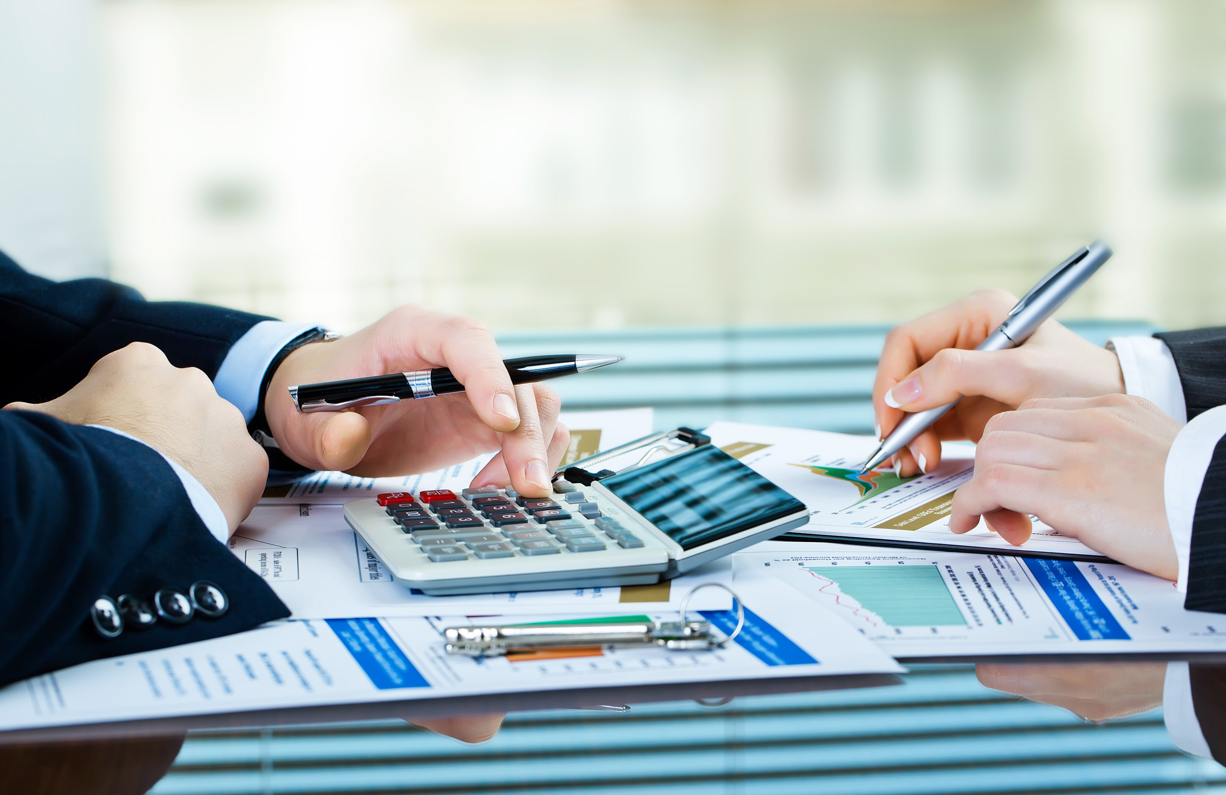 accounting in business Accounting software like quickbooks can help you generate financial reports, manage taxes, and take care of other small business accounting tasks for even more guidance, see our guide to financial reporting.
